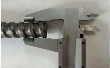 Đường kính ty ren 17 là 17 mm